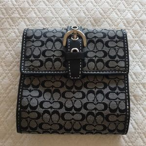 Authentic Coach signature black/white wallet